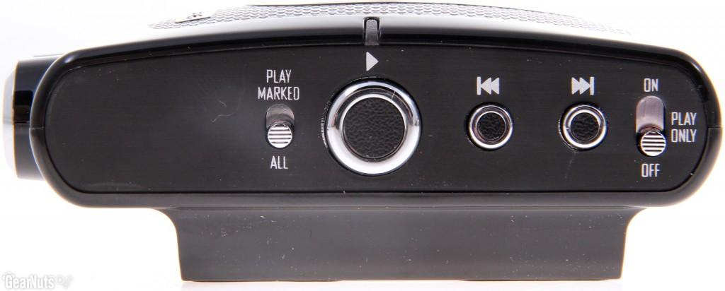 Các nút điều khiển play bên hông của Backtrack