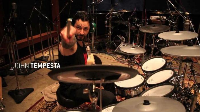 John Tempesta (Exodus, Testament) đang thu thư viện MIDI cho MetalMachine EZX bằng V-Drums